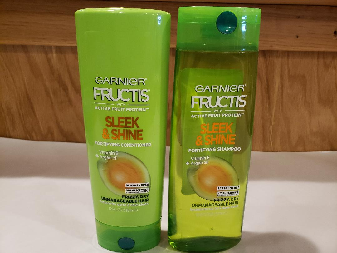 Garnier Fructis Sleek & Shine Shampoo & Conditioner Set