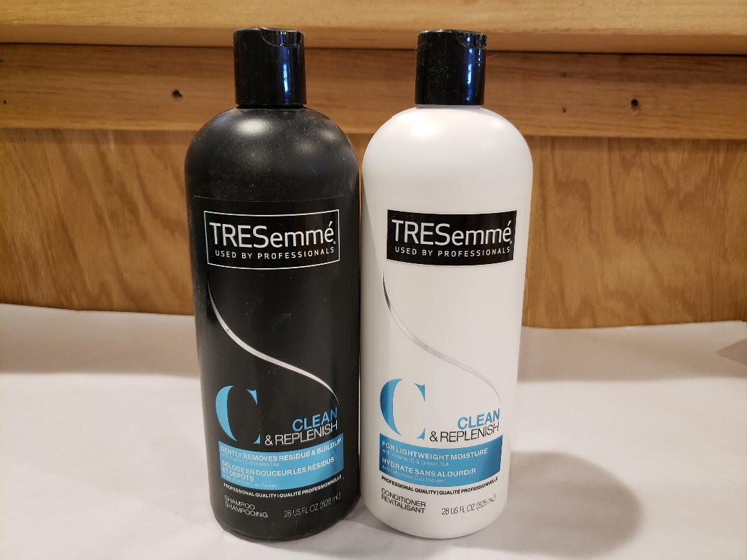 Tresemme Clean & Replenish Shampoo & Conditioner Set